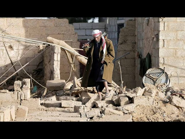 Saudi-led forces launch air strikes on Yemen's capital