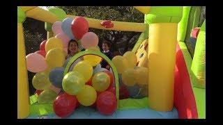 A.D.E Kids  playing  balls on  Bouncy Castle. PART 1 #สไลเดอร์บ้านลม