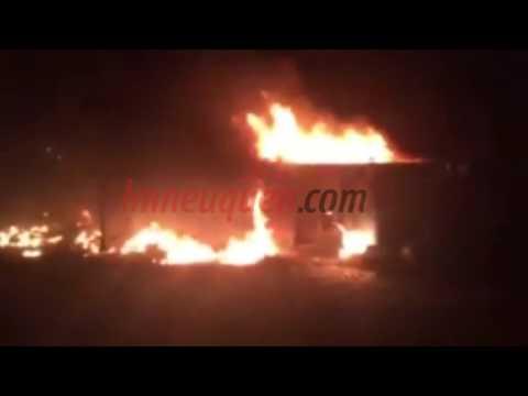 El Municipio denunció que incendiaron contenedores con basura en Bouquet Roldán
