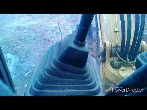 ヘタレの動画 ユンボで穴掘り 農家のユンボオペレーター 練習中です