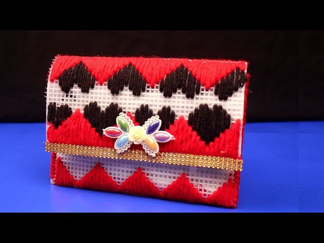 DIY Clutch Purse With Plastic Canvas - Best Plastic Canvas Purses - Plastic Canvas Crafts