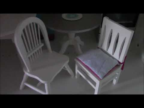 Comparing Table and Chairs Set - American Girl vs Laurent Doll