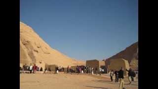 Абу-Симбел. Египет. (Afatarwm)(Сейчас храмовый комплекс Абу-Симбела -- это два отдельных холма. Большой холм -- храм фараона Рамзеса II и..., 2012-04-04T19:20:35.000Z)