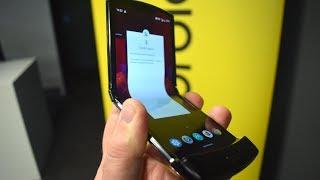 Anteprima Motorola RAZR 2019: display doppio e flessibile, LO VOGLIO!