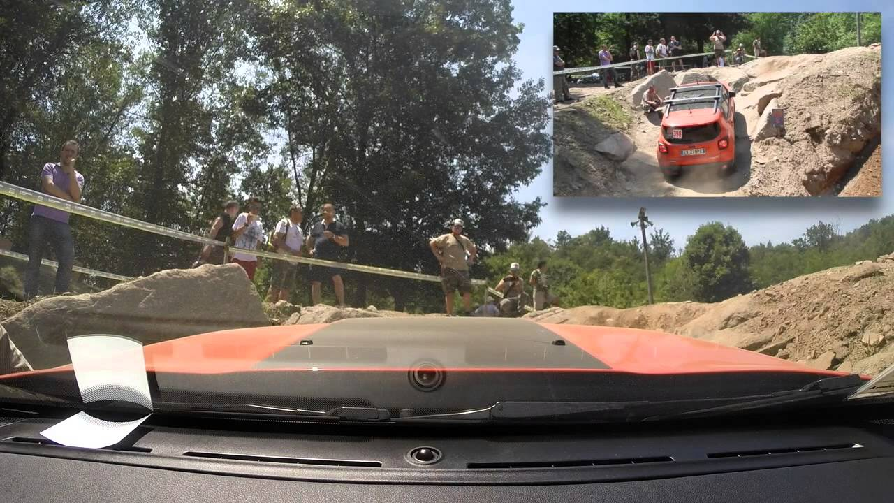 Jeepers meeting 2015 maggiora rampa di sassi con jeep for Sassi bianchi bricoman