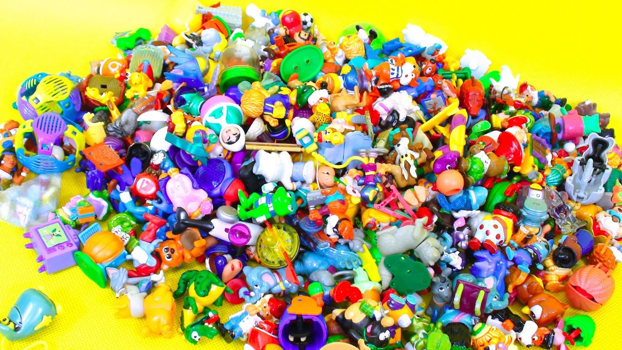 Lot Of Toys 18