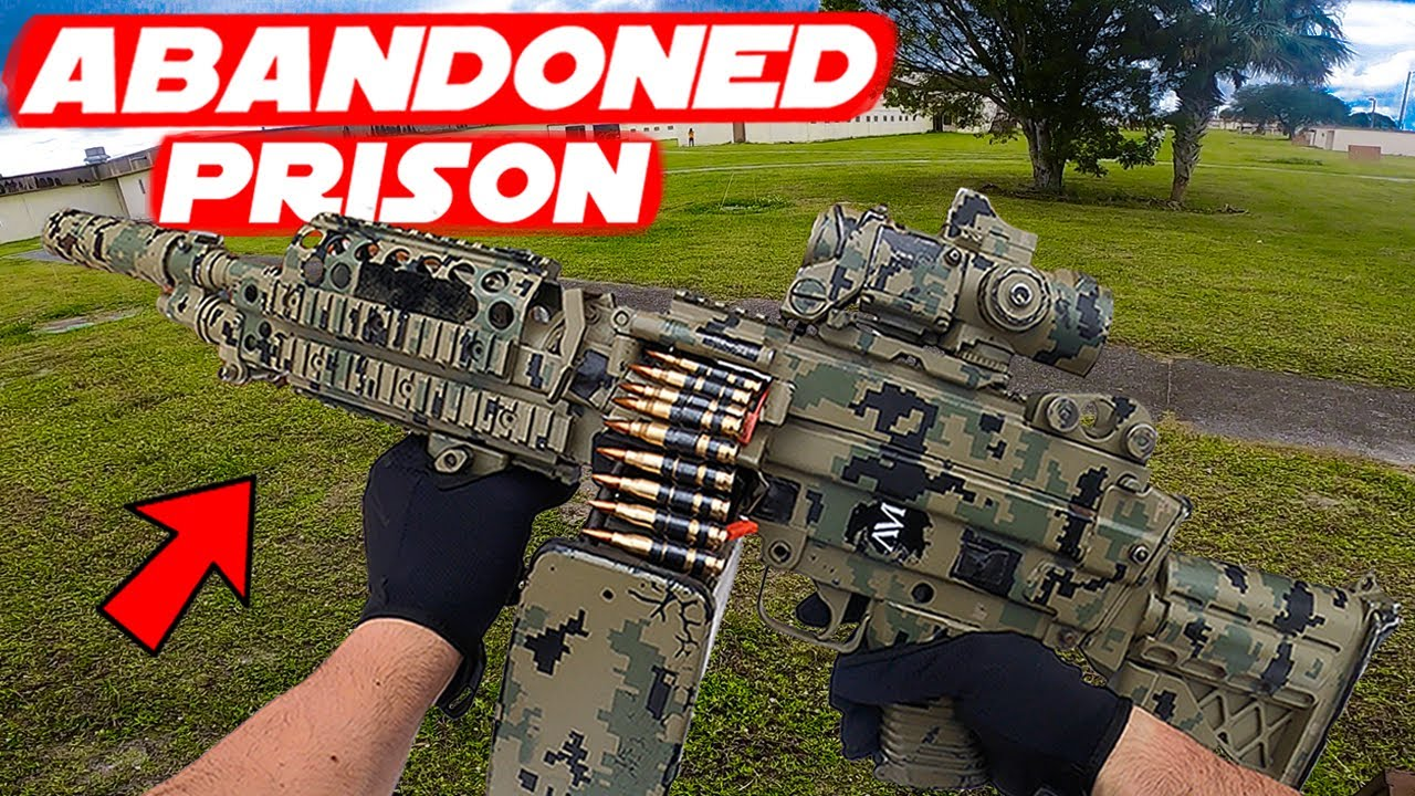 Abandoned Prison Airsoft LMG Gameplay! - Taking My Friend To Play Airsoft  For The FIRST Time!