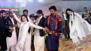 Mehak Malik -Tu Mere Saamne - Bollywood Dance 2020  - Shaheen Studio
