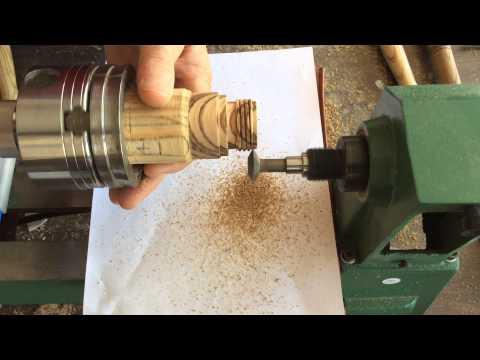 Wood Thread Cutting on the Thread Champ