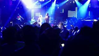 Jay-Z - I Just Wanna Love U (Give It 2 Me) - Live at Roseland Ballroom (5/18/11)