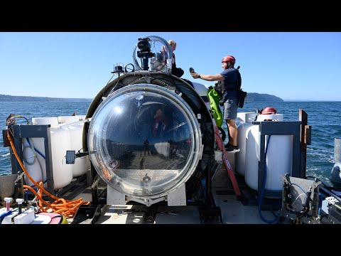 Dive to the bottom of Puget Sound in OceanGate's Cyclops 1 submersible