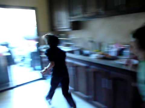 Stupid kid runs into glass door - YouTube