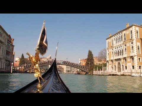 The Autonomous Movement Of Venetian Living