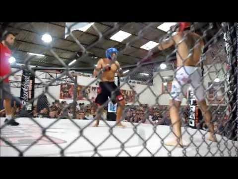 "Alex ""Indio"" (Gile Ribeiro) vs Fulvio (Striker"