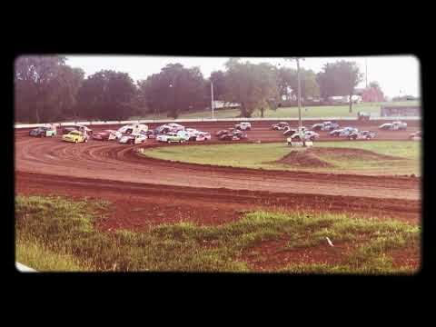 Springfield raceway field for Tribute to Granny night