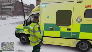 London Ambulance in Snow! (GTA 5 Real Life Mod S3 E6)
