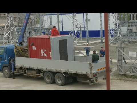 Crazy lifting operations. Sakhalin.