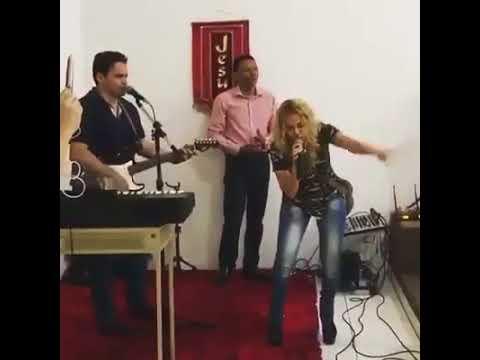 Joelma Cantando Gospel - Eu Navegarei