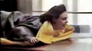 1989 Tú pasa el Pronto, yo el paño - Pronto de Johnson - Limpiamuebles Anuncio Publicidad España