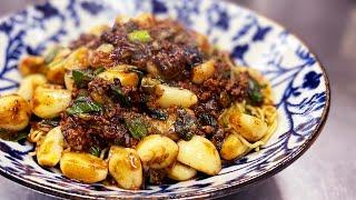 【ガリハラ】にんにく麻婆焼きそば Super garlic mapo with fried noodles. 身体中から湧き出るソーシャルディスタンスの根源。