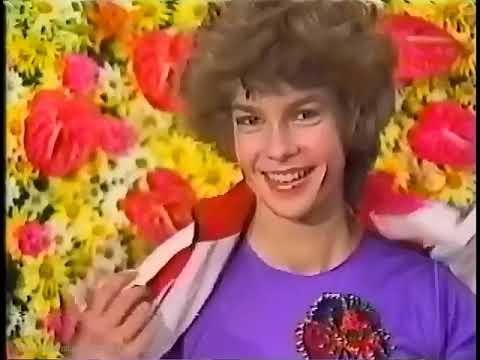 "Katarina Witt 14 years old - 1980 NHK Trophy Short Program ""Muppet Show"""