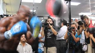 Manny Pacquiao Video- Timothy Bradley Using The Bag For Practice Likes It's Manny's Head