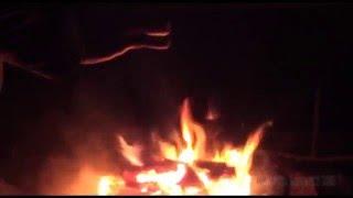 Makkaranpaistoa leirinuotiolla - Crackling Campfire w/ Roasting Sausage at Salamajärvi National Park