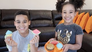 Kids Restaurant Pretend Play | FamousTubeKIDS
