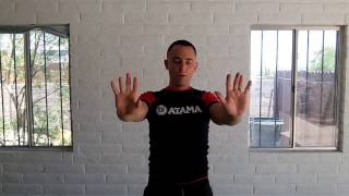 Get rid of neck and shoulder pain with this 5 minute mobility series