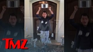 Repeat youtube video Charlie Sheen -- Ice Bucket Challenge with a BIG Twist | TMZ