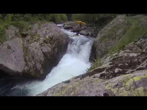 Extreme kayaking – Sermenzino may 2015