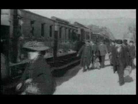 1895: LA LLEGADA DEL TREN (HERMANOS LUMIÈRE)