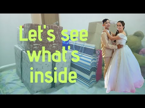 unwrapping-and-unboxing-gifts-from-our-wedding-|-super-enjoy