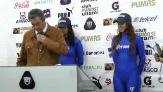 Repeat youtube video ¿Cómo se entretienen las edecanes de Pumas?