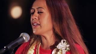 ハワイ州観光局 Raiatea Helm - Kimo Hula