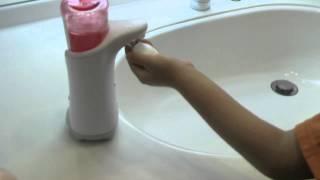 手をかざすだけで泡のミューズが出てきます。
