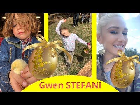 Gwen Stefani with Blake Shelton and her...