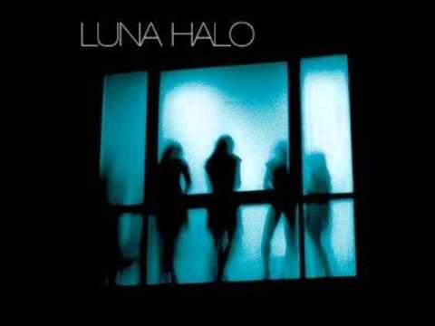 Клип Luna Halo - On Your Side