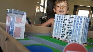 поделки с детьми: город из подручных материалов, своими руками