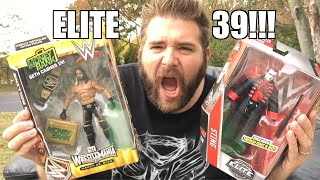 Download Video LIVING OUTSIDE UNBOXING WWE Elite Series 39 Wrestling Figures! MP3 3GP MP4