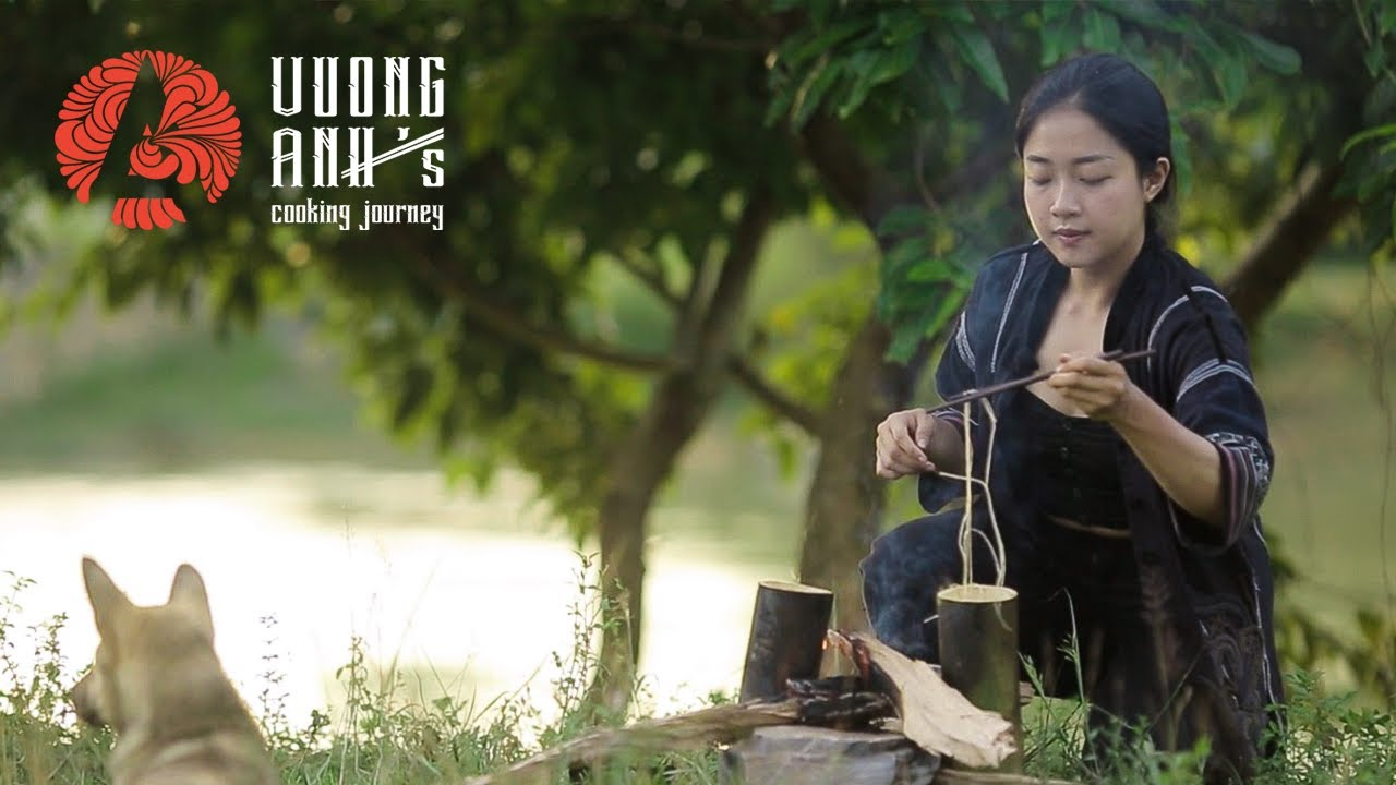 Cooking a full meal with a bamboo trunk - Bản Giốc waterfall, Cao Bằng