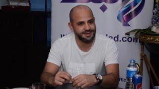 عزيز الشافعي: لا أسعى لمنافسة نجوم الطرب.. وألبومي لا يستهدف الربح.. فيديو