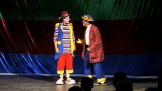 Pipika y Mozkito celebran 41 años en el noble oficio del payaso