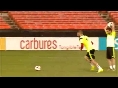 Ramos makes fun of David De Gea Spain training