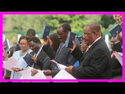 Zimbabwe's president swears in first post-mugabe cabinet- Wordl Breaking News