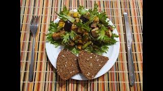 Теплый салат с соевым сыром тофу