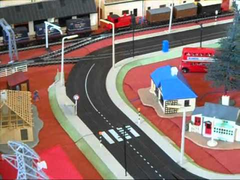 Minic Motorway & Triang Railways Road/Rail layout