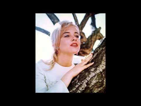 Maria Magenta: A Sue Lyon Tribute