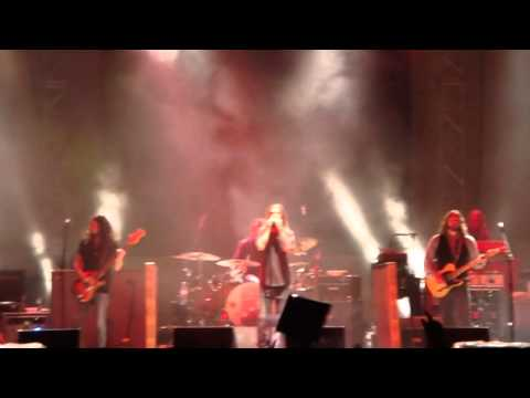 The Black Crowes - Hotel Illness CLIP at sunfest 2013 wpb