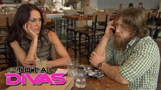 Daniel Bryan ditches his lunch date with Brie Bella: Total Divas, Nov. 24, 2013